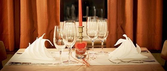 レストランの人気ランキングやワンコインランチ・プレミアムクーポンが利用可能。